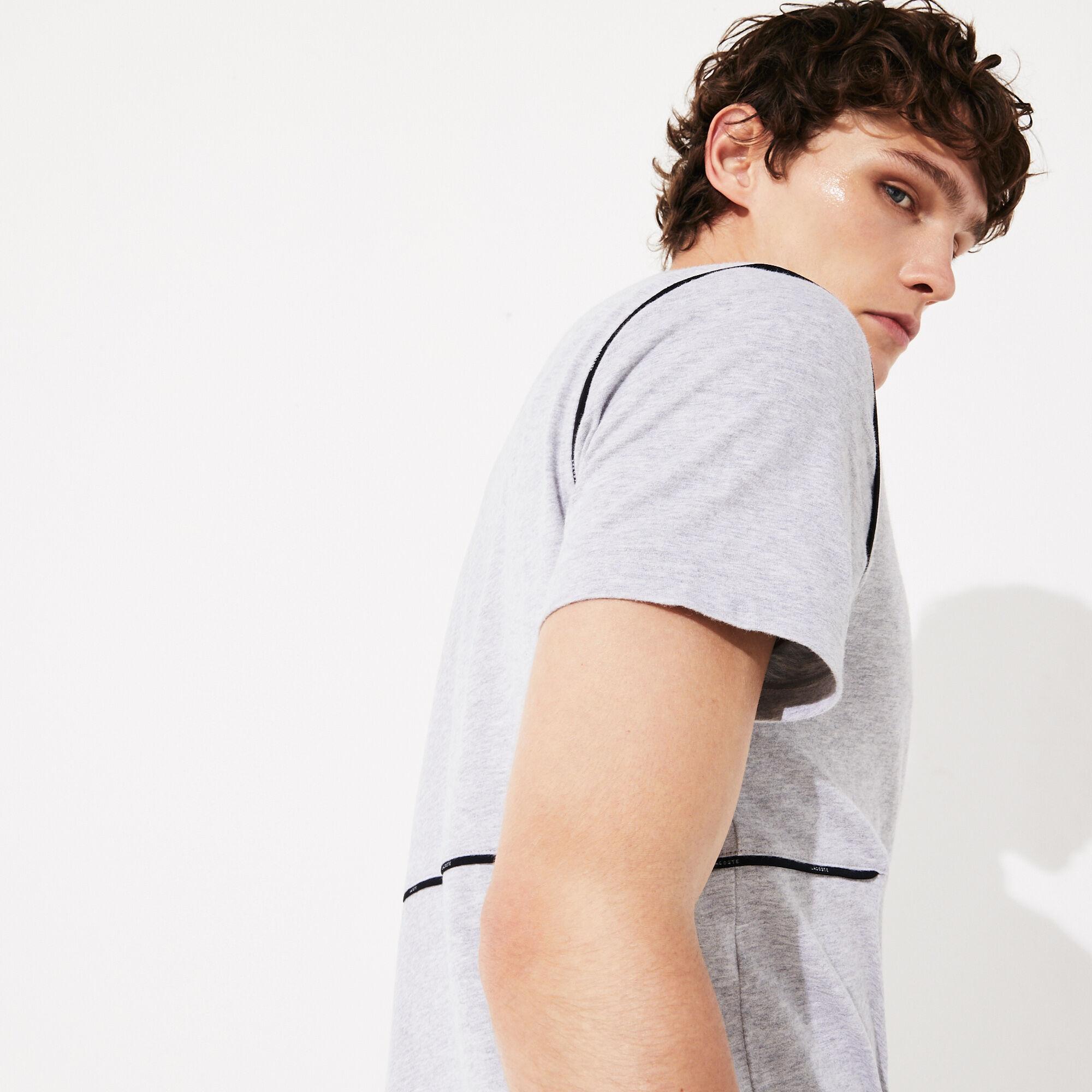 قميص بولو للرجال من القطن الفائق النعومة بسحاب عند الياقة من مجموعة Lacoste SPORT