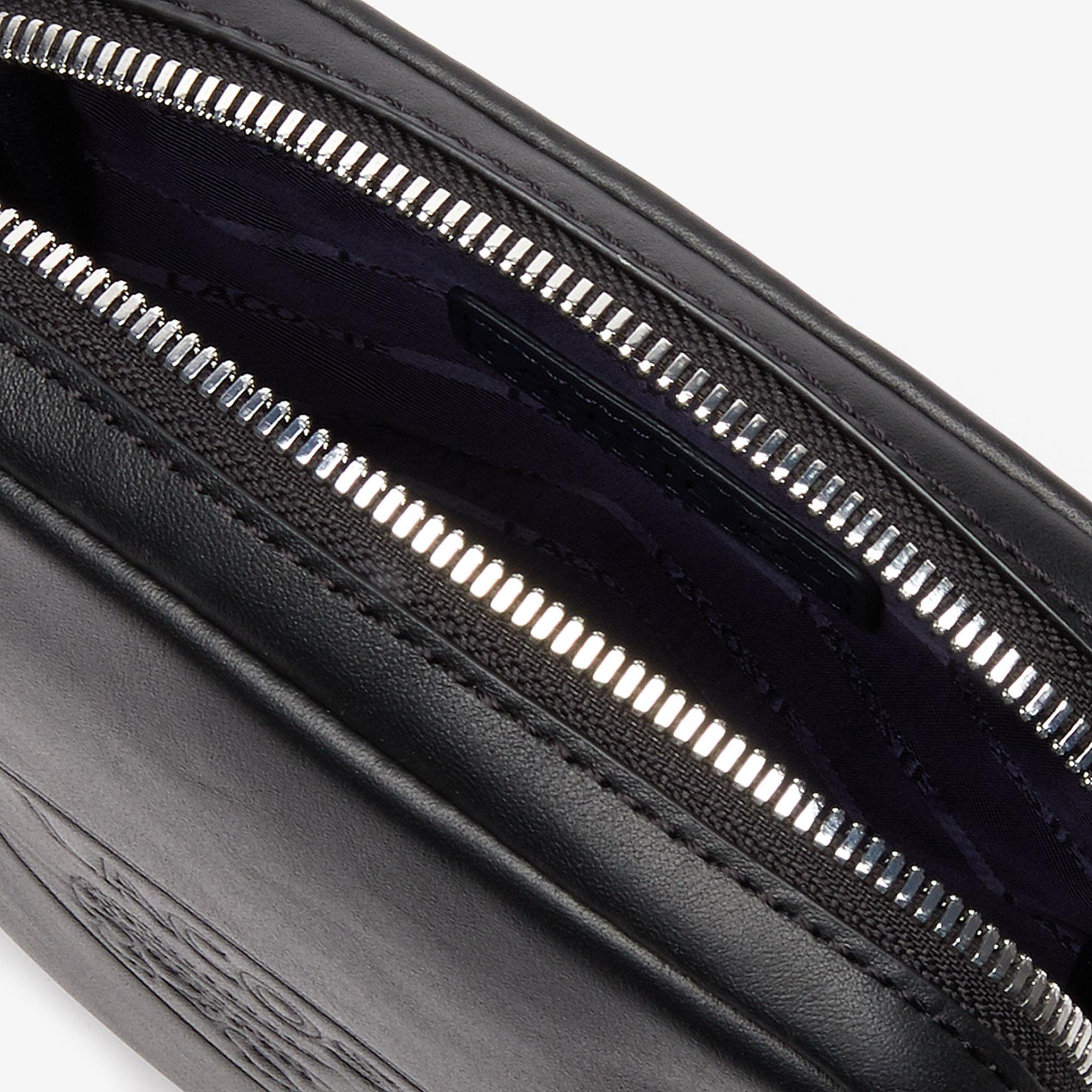 حقيبة غير رسمية عمودية الشكل للرجال مصنوعة من الجلد المزين بحروف بارزة من مجموعة L.12.12